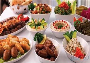 هل كتابة المطاعم القيمة الغذائية للوجبات يساعد على إنقاص الوزن؟