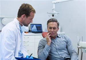 فقد الأسنان في منتصف العمر يزيد خطر الإصابة بأمراض القلب