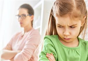 ماذا تفعلي إذا قال طفلك «أنا بكرهك»؟