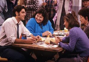 """كلوني يرفض الظهور بالنسخة الجديدة من مسلسل """"Roseanne"""""""