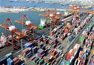 فتح بوغاز مينائي الإسكندرية والدخيلة بعد تحسن الطقس