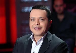 محمد هنيدي يسخر من قِصَر قامته بجوار أحمد فهمي