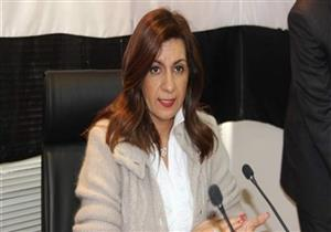 """""""الهجرة"""": أعضاء الجاليات المصرية بكوا أثناء عرض """"حكاية وطن"""" - فيديو"""