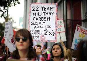 الجارديان : عام سقوط الجدران بالنسبة للنساء وكسر الصمت