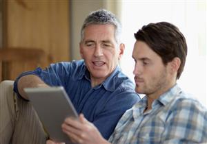 كيف يمكن للأب أن يوفق بين حياته المهنية والأسرية؟