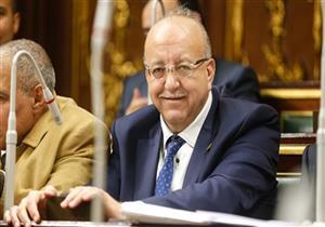 برلماني يطالب وزير الصناعة بوضع حل لارتفاع أسعار الحديد والأسمنت