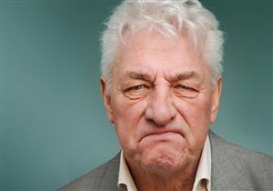 ما مرحلة العنف عند مريض ألزهايمر؟