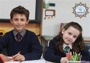 هل يجوز الاختلاط في المدارس بين الأولاد والفتيات: مستشار المفتي يرد