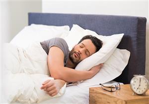 لماذا ينام البعض بأعين نصف مفتوحة؟ ... إليك الأسباب والعلاج