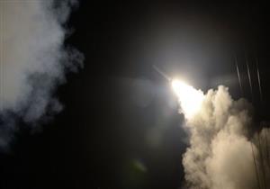 """الدفاع الجوي السوري """"يتصدى لهجوم صاروخي"""" على قاعدتين جويتين"""