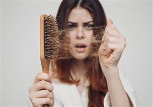ما أسباب تساقط الشعر؟