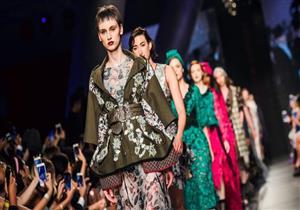 بالصور- كيف احتفت عارضات الأزياء بأسبوع الموضة في السعودية؟