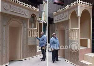"""نجار بالمنصورة يتبرع بتصنيع كل منابر مساجد مدينته مجانًا """"فلوسي كلها طالعه لله"""""""