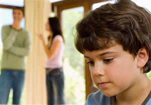 جدل الوالدين يؤثر على عقول أطفالهم