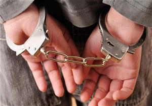 القبض على عامل وشقيقتين سرقوا محل مصوغات ذهبية في سوهاج