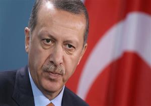 اردوغان يلمح إلى استمرار حالة الطوارئ بعد الانتخابات المبكرة