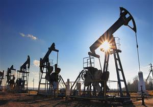 مخاوف الحكومة تتحقق مبكراً.. أسعار البترول تهدد الموازنة الجديدة في مهدها