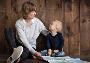 كيف نتعامل مع ملامسة الطفل لأعضائه التناسلية؟