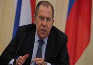 روسيا: ماكرون يشجع الممارسات الأمريكية المتناقضة في سوريا
