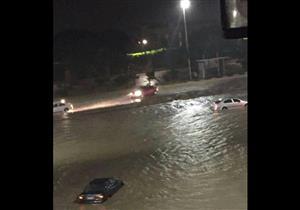 بالصور.. إنقاذ 21 طالبًا احتجزتهم السيول داخل محمية وادي دجلة