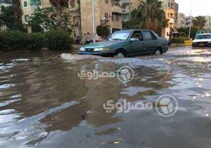 """""""سجن في التجمع الخامس"""".. مغامرات المصريين مع الأمطار"""