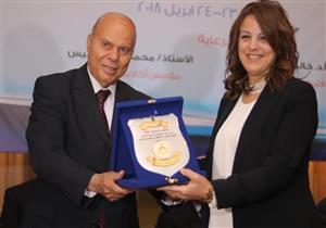 """رئيس قسم الإعلام بجامعة عين شمس تدعو لدعم """"ماسبيرو"""""""
