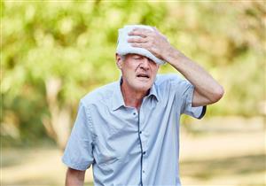 """احترس.. مشكلات صحية ونفسية تصاحب """"ضربة الشمس"""""""
