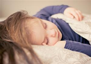 دراسة توضح أسباب انقطاع النفس أثناء النوم لدى الأطفال