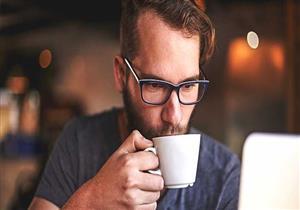 كم المدة التي تبقى فيها منتبهًا بعد تناول فنجان القهوة؟