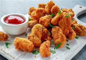 ناجتس الدجاج المخبوز.. مقبلات لذيذة وصحية