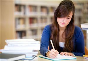 هل يؤثر توتر الطلاب في الامتحانات على صحة العين؟