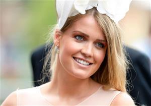 """بالصور- ابنة شقيق """"ديانا"""" تخطف الأنظار بإطلالاتها المميزة في زفاف """"ميجان"""""""
