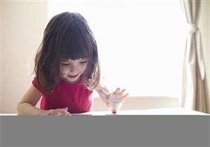 """حجب الإنترنت عن الأطفال """"انتهاك"""" قد يعيق تطورهم الاجتماعي"""
