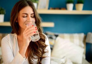 كيف يفيد شرب المياه أسنانك؟