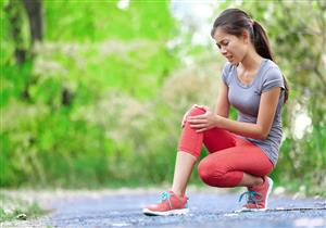 كل ما تريد معرفته عن خشونة الركبة.. دليلك للوقاية والعلاج