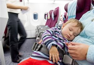 كيف تضبط نوم الطفل خلال رحلة طويلة
