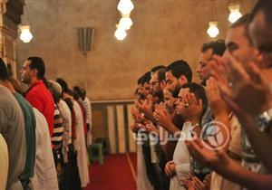 """روحانيات.. كاميرا مصراوي في """"تراويح"""" مسجدي السلطان حسن والرفاعي"""