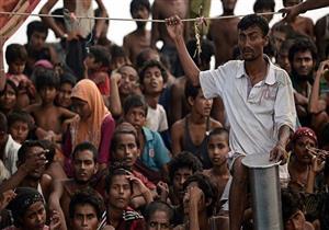 وفاة لاجئ من الروهينجا بعدما قفز من على متن حافلة متحركة في جزيرة مانوس