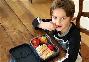 طفلك صائم؟.. نصائح للحفاظ على صحته في رمضان
