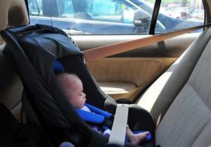ترك الأطفال بالسيارة في فصل الصيف يعرضهم لهذا الخطر