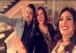 """بالفيديو- هيدي كرم ونرمين ماهر وإدوارد يرقصون في كواليس """"القاهرة والناس"""""""