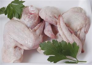 6 أمور تحدث لجسمك عند تناول جلد الدجاج على الإفطار