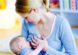 حتى لا يتأثر طفلك بالصيام.. نصائح ضرورية للأم المرضعة