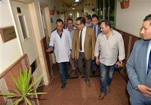بالصور.. رئيس جامعة المنصورة يتفقد مستشفى النقاهة لبحث تطوير الخدمات الطبية