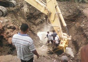 """بالصور- """"مياه أسيوط"""": الانتهاء من إصلاح كسر مفاجئ في خط طرد أبوتيج"""