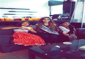 بالصور- ملكة جمال فلسطين تشارك في حملة لصالح أطفال بلدها بالأردن