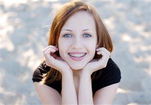 ما العمر المناسب لتقويم أسنان الأطفال؟