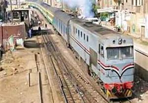 """بالصور.. """"السكك الحديدية"""" تستعد للعيد بــ10 قطارات إضافية و4 آلاف كرسي لأهالي الصعيد"""