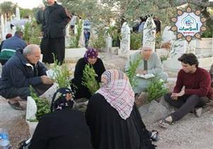 زيارة القبور في العيد.. تعرف على رأي الإفتاء
