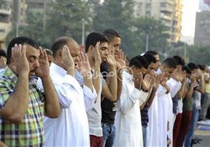 معهد الفلك يعلن أول وآخر مدن مصر التي سيصلي أهاليها العيد